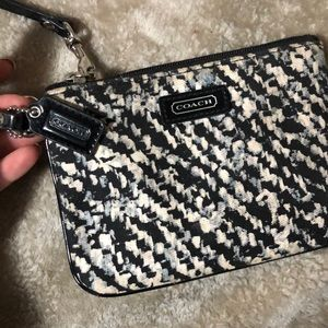 Coach Bags - COACH WRISTLET ✨new without tag
